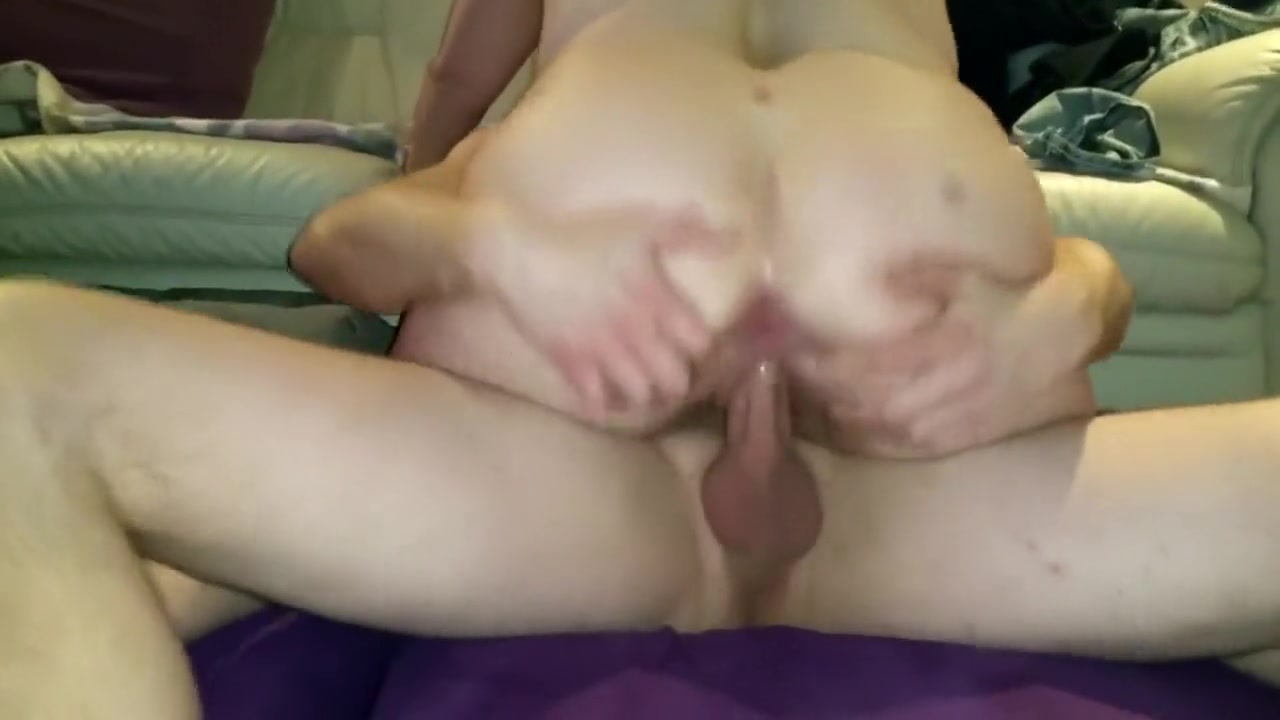 Saucy young chick gets into some cumhole-wrecking action wi