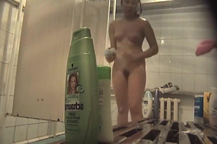 Great Voyeur, Shower, Spy Cam Clip Watch Show