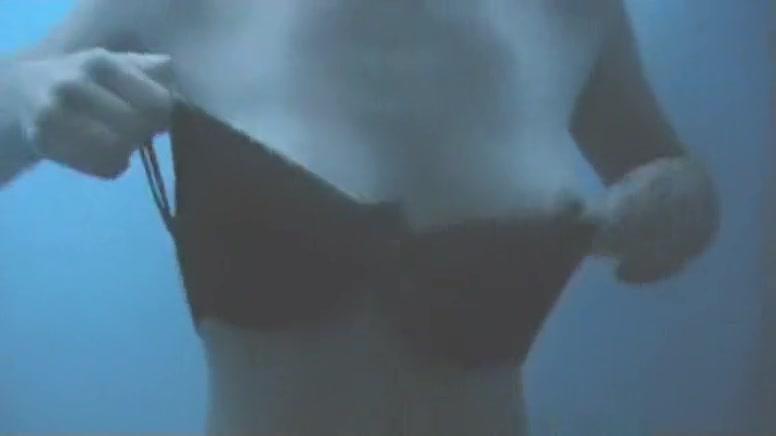 Hidden Cam Beach, Amateur, Spy Cam Movie, Watch It