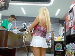 Amber Lynn at the supermarket