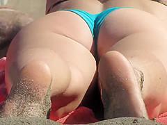sexy ass on the beach