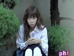 Skirt sharking experience of some careless pretty Japanese sweetie