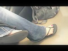 Candid Feet: Busty in Sandal