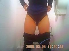 brunette mature spied toilets hairy sazz