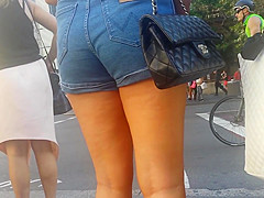 Bare Candid Legs - BCL#068