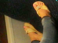 NICE pink toes