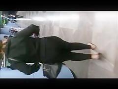 mega culo en calza negra