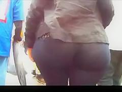 Big ass in grey leggins