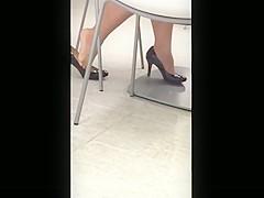 Candid Seated Dipping Feet Shoeplay in Heelsat Meeting
