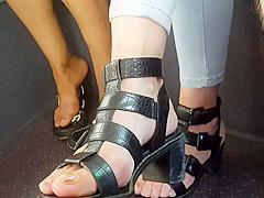 teen feet4