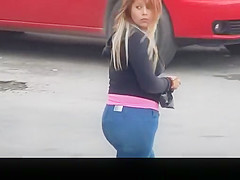 Big ass chubby girl in tight jeans
