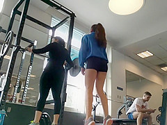 Gym fail and hot ass