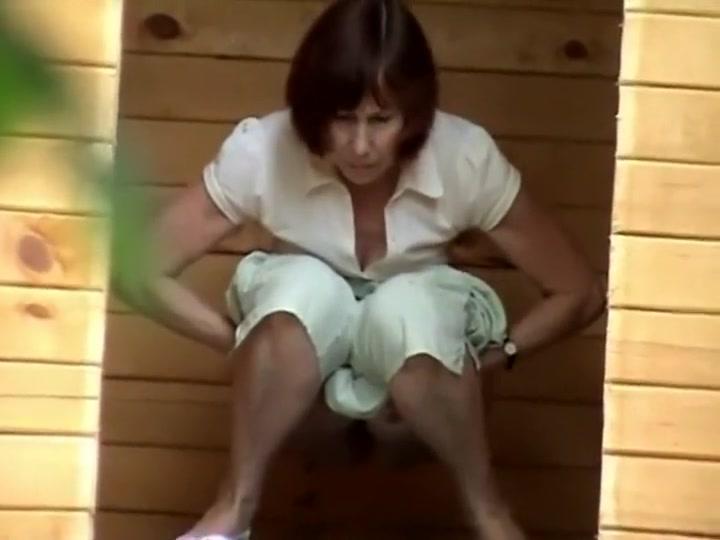 Haity women peeing
