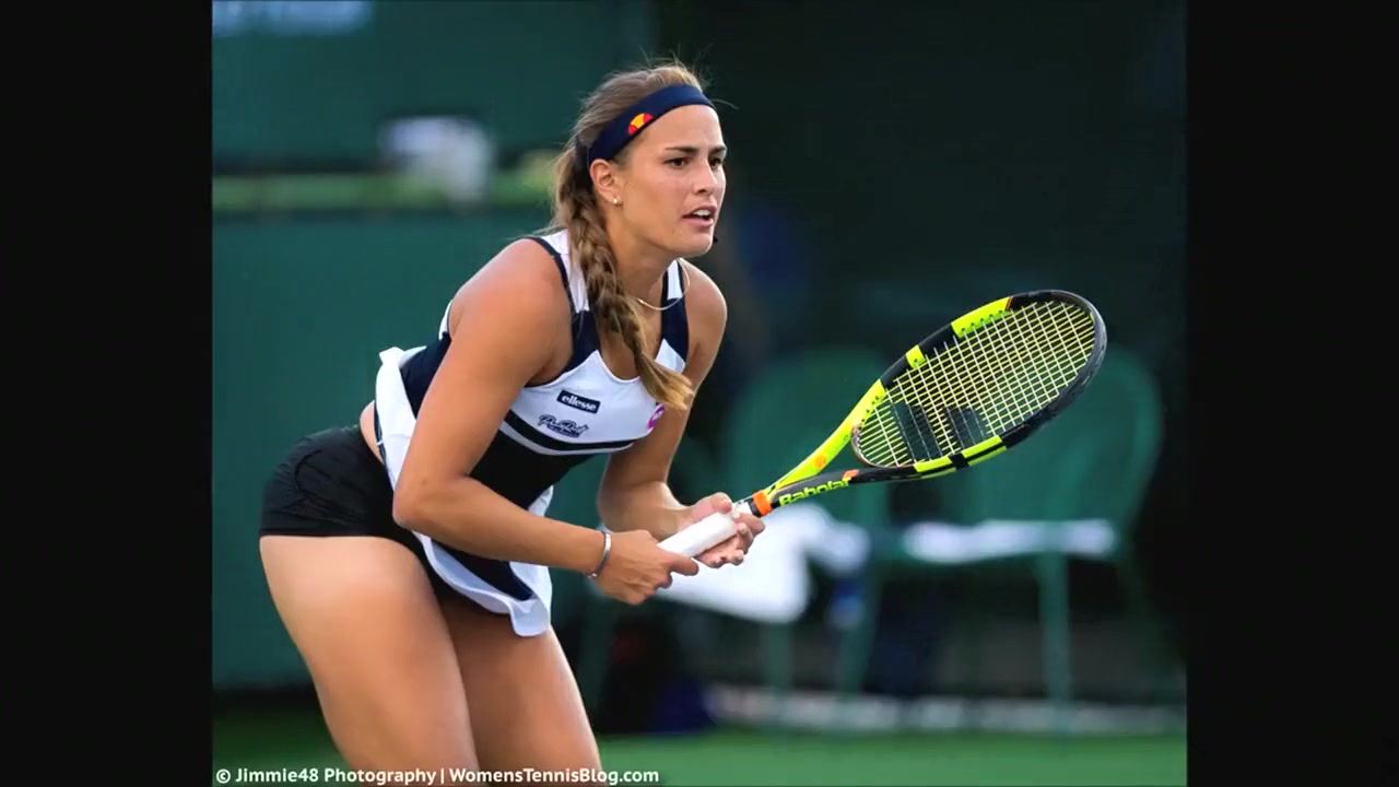 tennis players flash pussy