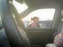Girls watch guy jerk off in car-1225