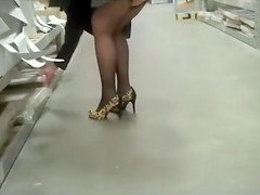 Mature lady walking in her awesome high heels