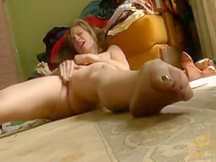 Jessica flicks her clit and has an orgasm