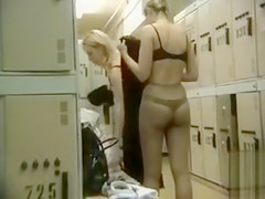 Naked females in the lockers filmed in secret