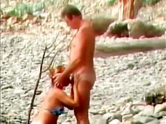 lesbian porn gold Yasmine