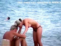 holmes davis pussy Jennifer