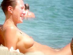nude pics sunbathing Girls
