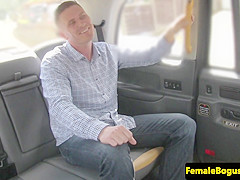 bigtits chick cabbie doggystyled on backseat