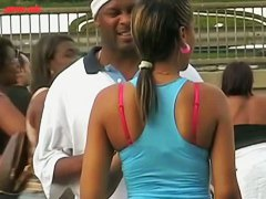 Alluring ebony ass caught on street candid cam