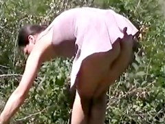 A windy day in the wood, no pantie