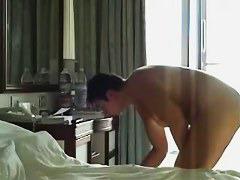 Private voyeur video of chunky girl naked in motel room