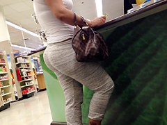 Candid milf vday shopping