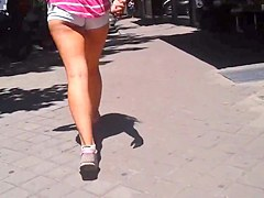 culazo girl shorts