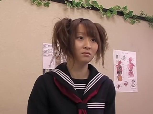 Asian slut penetrated hard by Kushino at the medical clinic