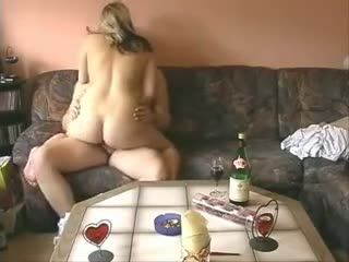 Slutty chick shoots fuckin act with her boyfriend at the hidden cam