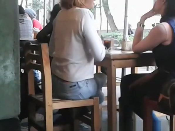 Exposed thong in the cafe