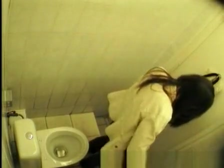 Brunette chick filmed peeing in several angles