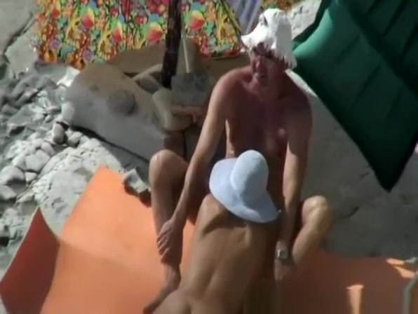 Nudist blowjob and pussy eating