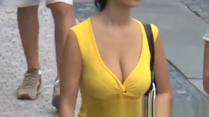 Candid - Best Of - Busty Bouncing Tits
