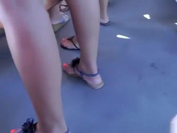Hot teen in tight short dress upskirt