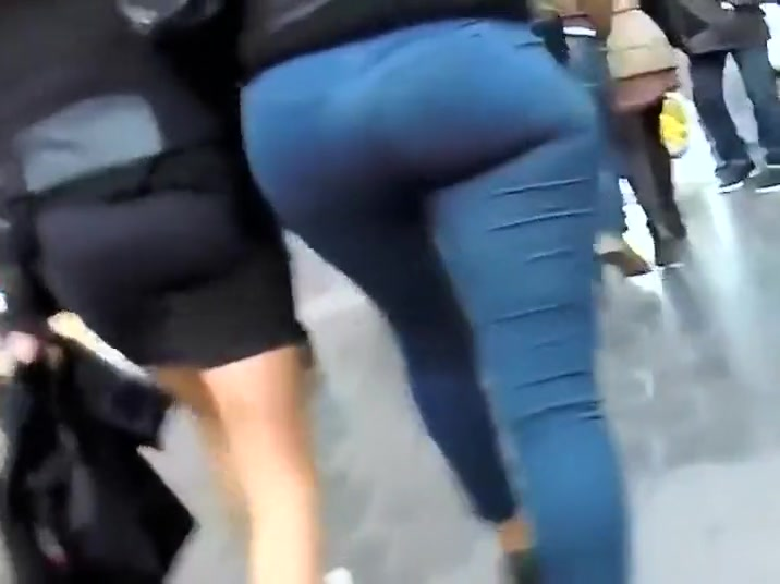 Big round ass of a very slender woman