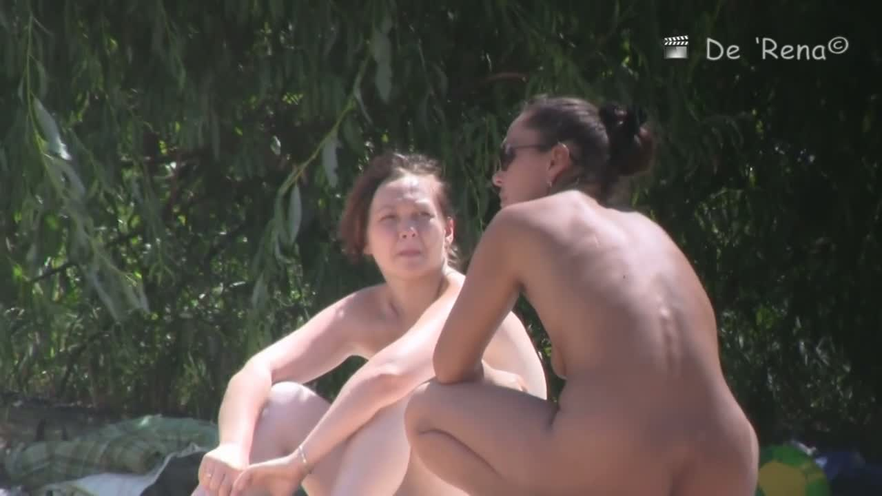 Incredibly enticing nude beach spy cam video