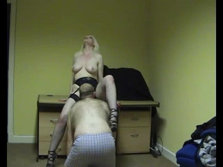 Uk English blonde whore Louise Jackson in office...hidden camera