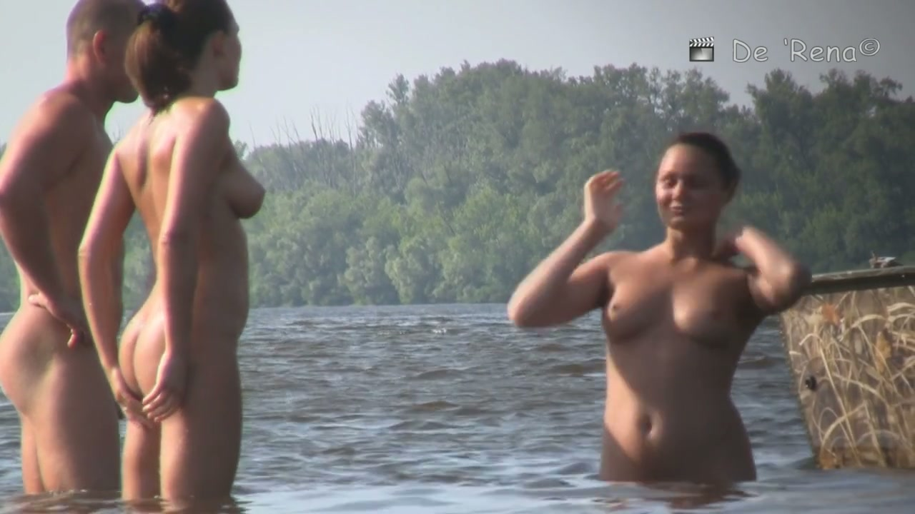 Demi and selena naked