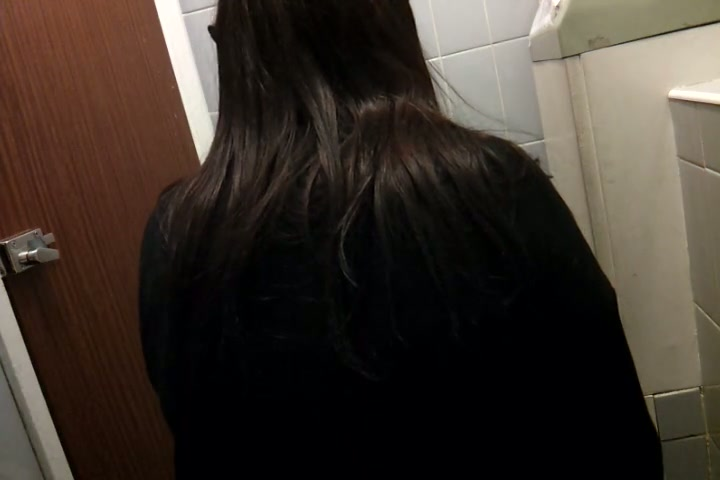 Long haired amateur pissing and getting booty spied